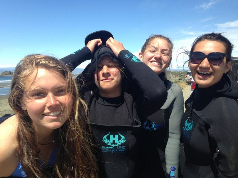 PC1B girls surf